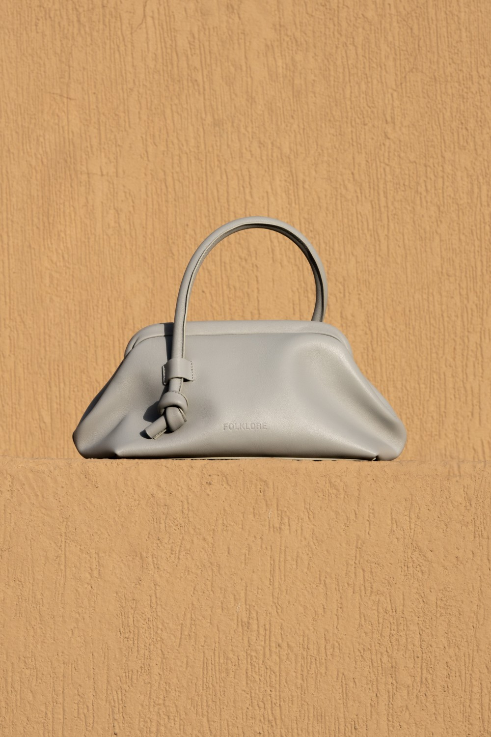 Money Pouch in Perla Grey Leather